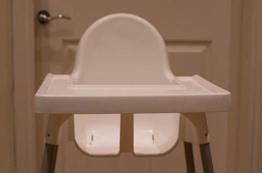 Front view of the Antilop high chair