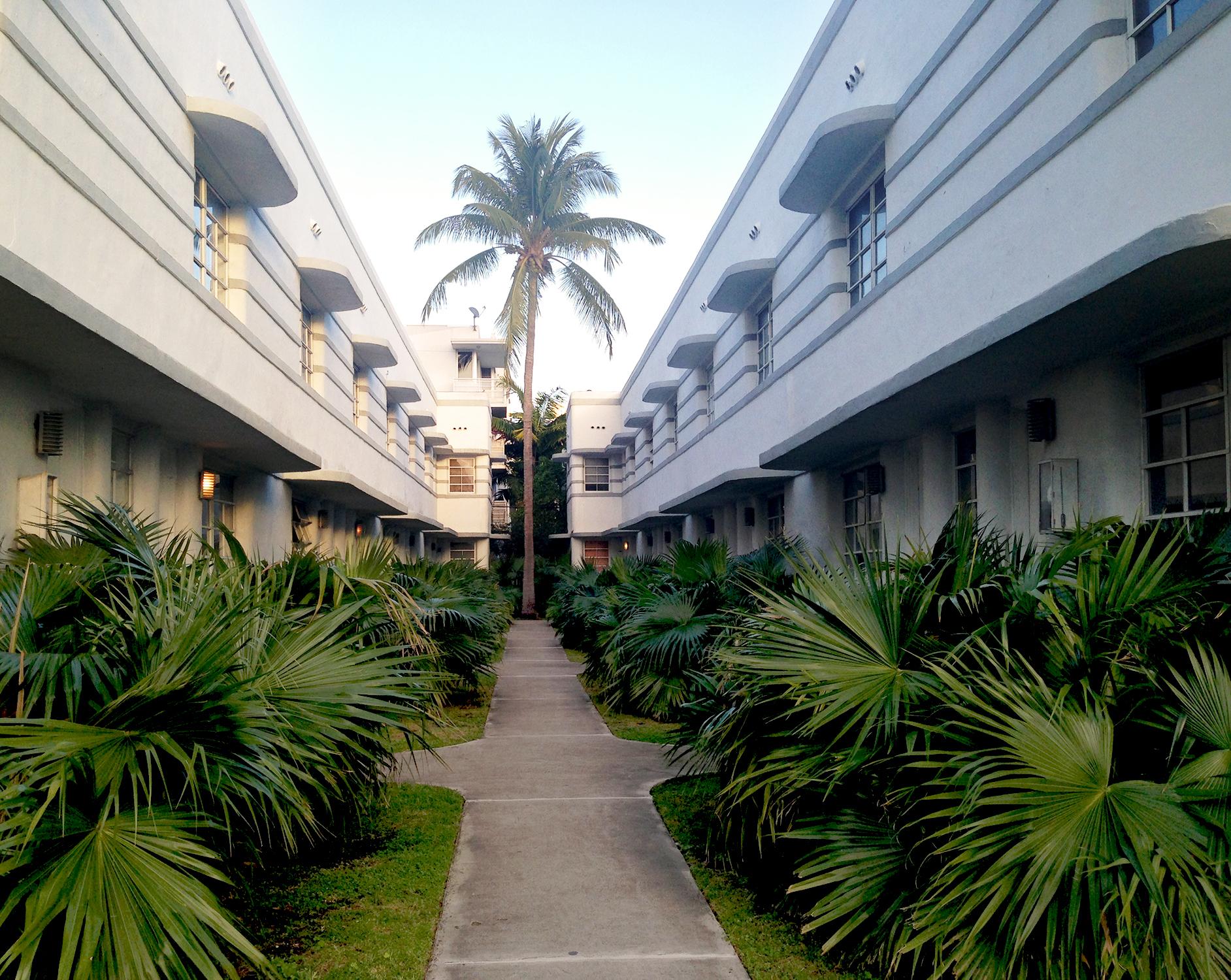 Art deco buildings in Miami, Florida / Darker than Green