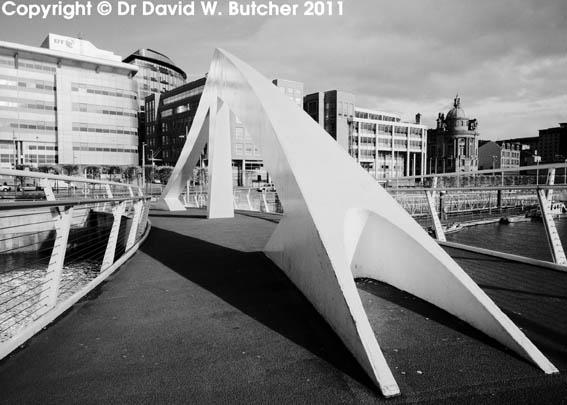 Glasgow Tradeston Squiggly Bridge