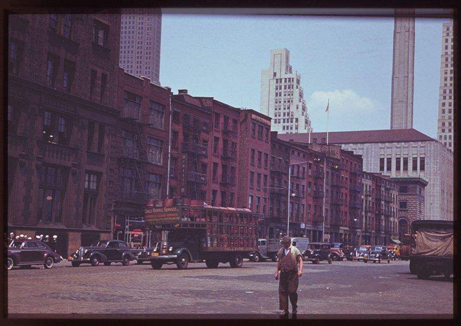 Le foto a colori di New York negli anni 40 pubblicate