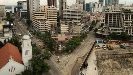 Downtown Dar es Salaam, Tanzania. Photo: Daniel Hayduk