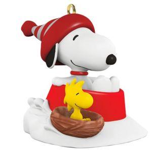 Winter Fun with Snoopy Mini Ornament