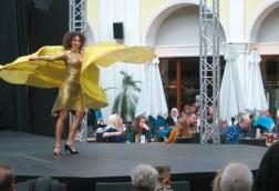 Modeschau im Mediterraneo