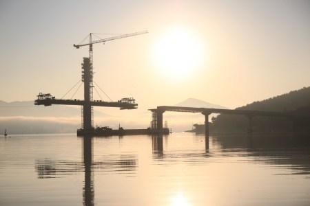 Miteinander reden - Brücken bauen