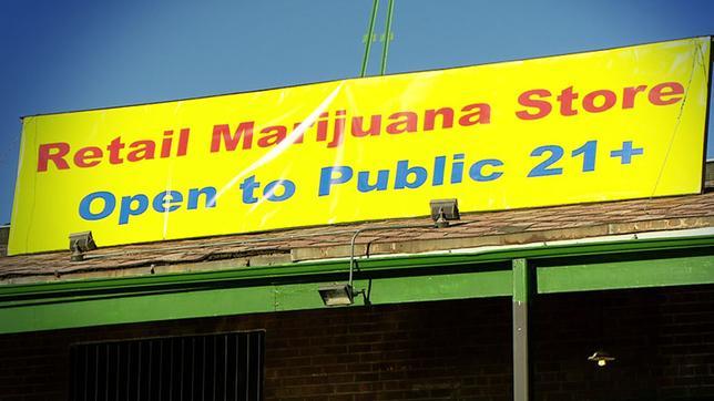 Schild Marihuana Store