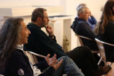 Wortbeiträge aus dem rein fachlichen Publikum und Diskussionen waren erwünscht. Hier spricht Semier Insayif. Foto: Jan-Eike Hornauer