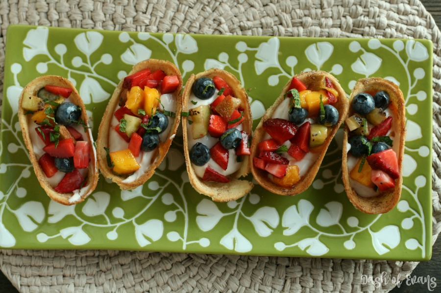 Baked Churro yogurt cups with fruit salsa! Perfect snack for the little ones to help out with--pretty healthy too! via @dashofevans