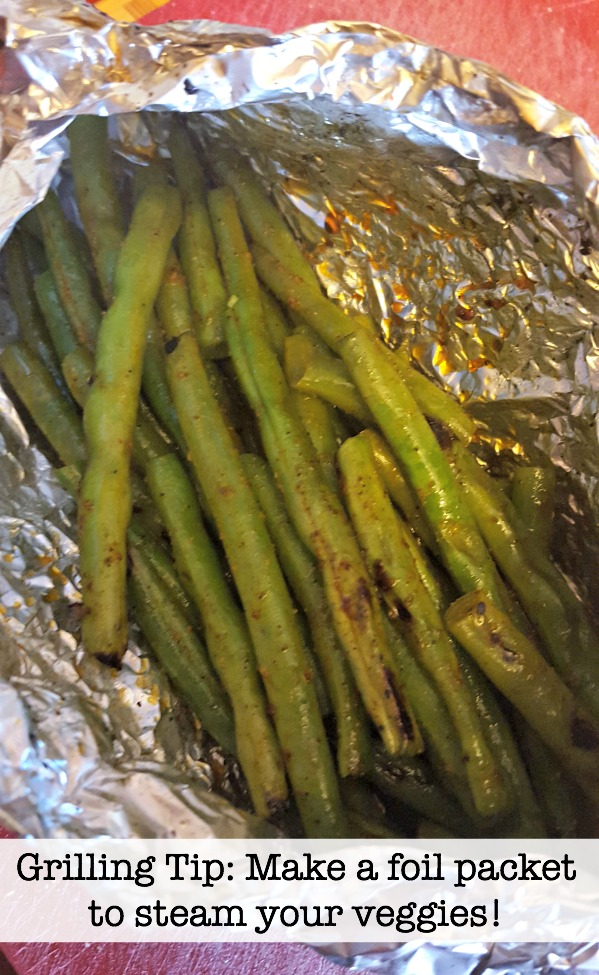 Make a quick foil packet to cook veggies on the grill! via @DashOfEvans