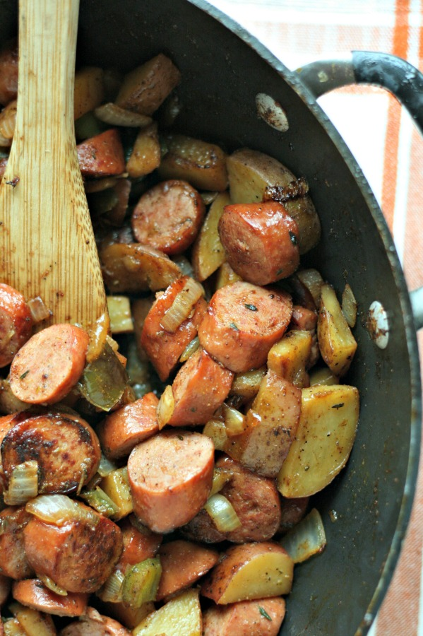 Looking for an easy dinner? This Turkey Smoked Sausage Skillet is PERFECT! One pan, tons of flavor! via @DashOfEvans