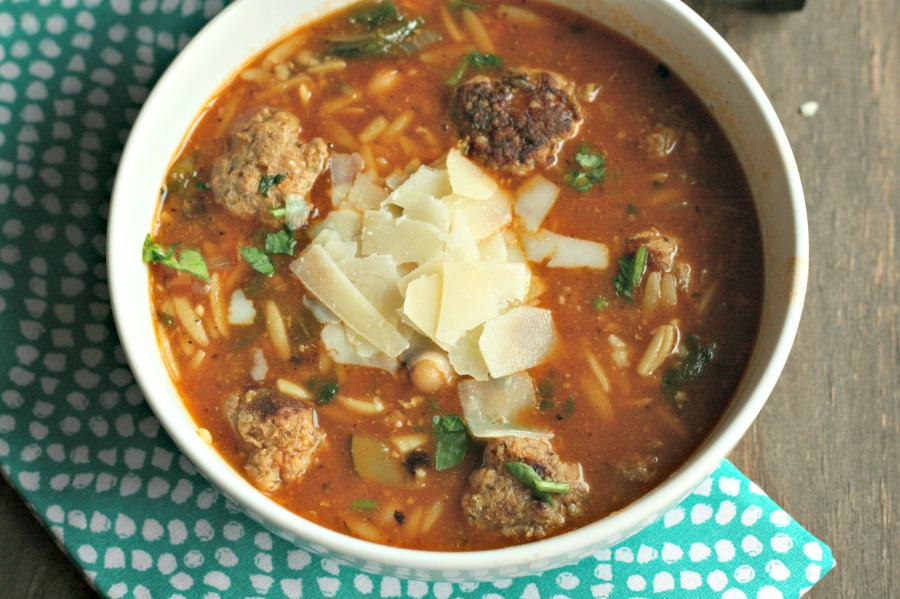 Mini-Meatball Soup with Orzo. A healthier take on spaghetti and meatballs...perfect for lunchboxes! via @DashOfEvans