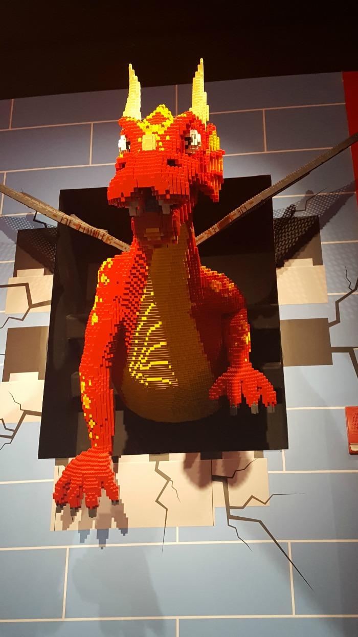 Our special trip to Legoland + Sealife in Auburn HIlls Michigan--plus 5 tips! via @DashOfEvans