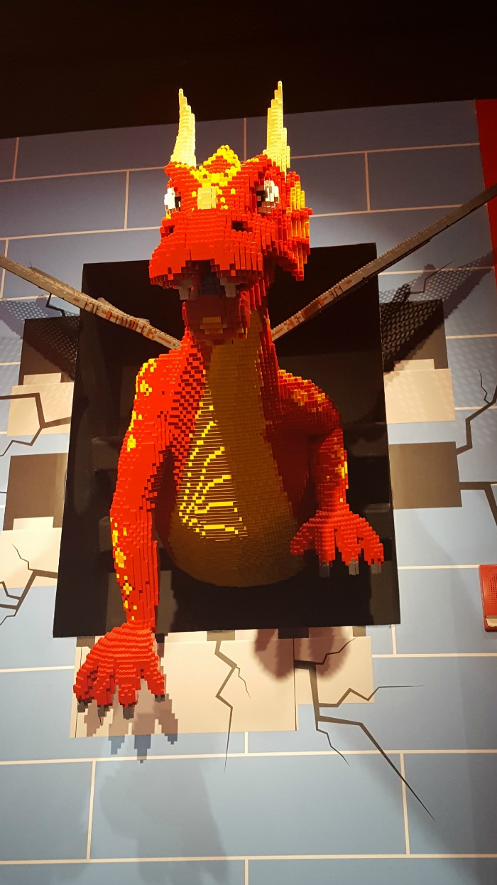 Our special trip to Legoland + Sealife in Auburn HIlls Michigan--plus 5 tips! via @DashOfEvans
