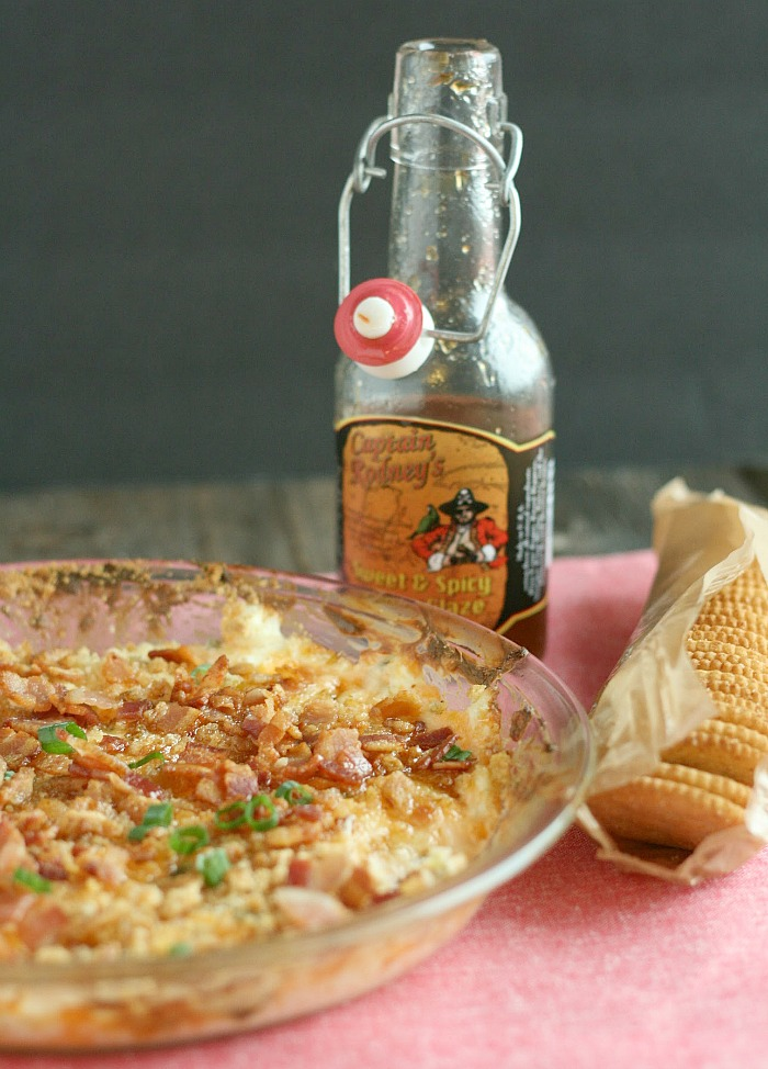 Great new dip for a crowd: Sweet Heat Chili sauce, bacon, cream cheese and chives. YUMMMM! via @DashofEvans