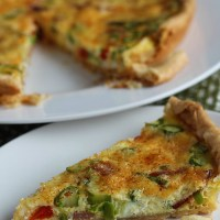 This is our go-to quiche recipe for dinner or brunch...also budget friendly! via @DashOfEvans