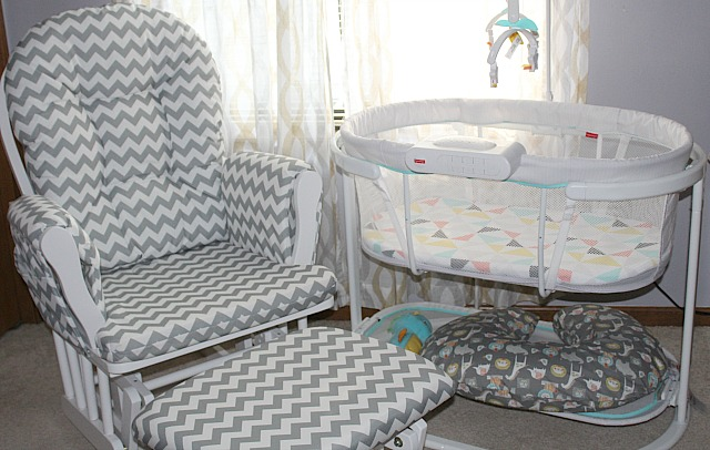 How to set up a nursery in your bedroom via @BabyCenter