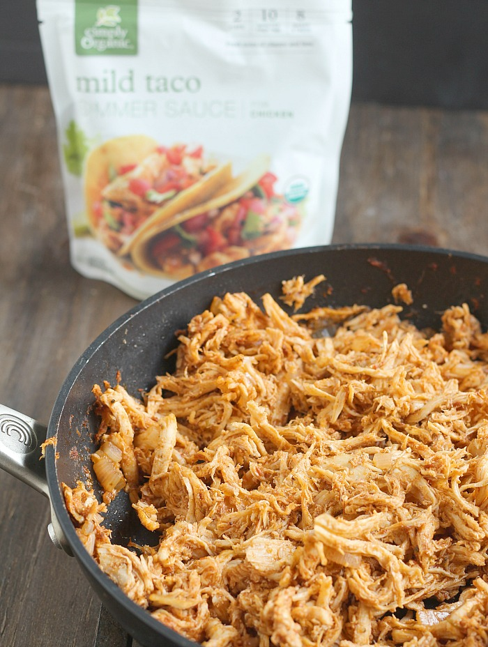 Easy prep day item: chicken taco meat! Perfect for salads, nachos and Taco Tuesday. Simply Organic Simmer sauce makes it easy. via @DashOfEvans #Ad #SimplyOrganic