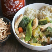 This is our go-to Stir Fry recipe! It's quick, nutirious and a family favorite--using Seeds of Change simmer sauces makes this meal come together in under 20 minutes. YUM! via @DashOfEvans