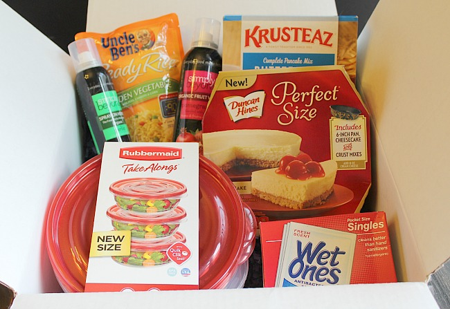 This month's Babbleboxx: Instant kitchen solutions featuring Wet Ones and Simply Beyond! via @DashOfEvans #sp #InstantMealsBx