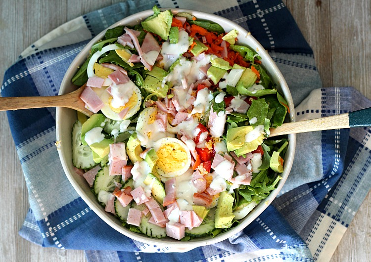 Try an easy Chef Salad for lunch or dinner. The kiddos can pick their favorite toppers! Having staples like Smithfield's Anytime Favorites ham on hand makes meal prep SO easy...and delicious! via DashOfEvans