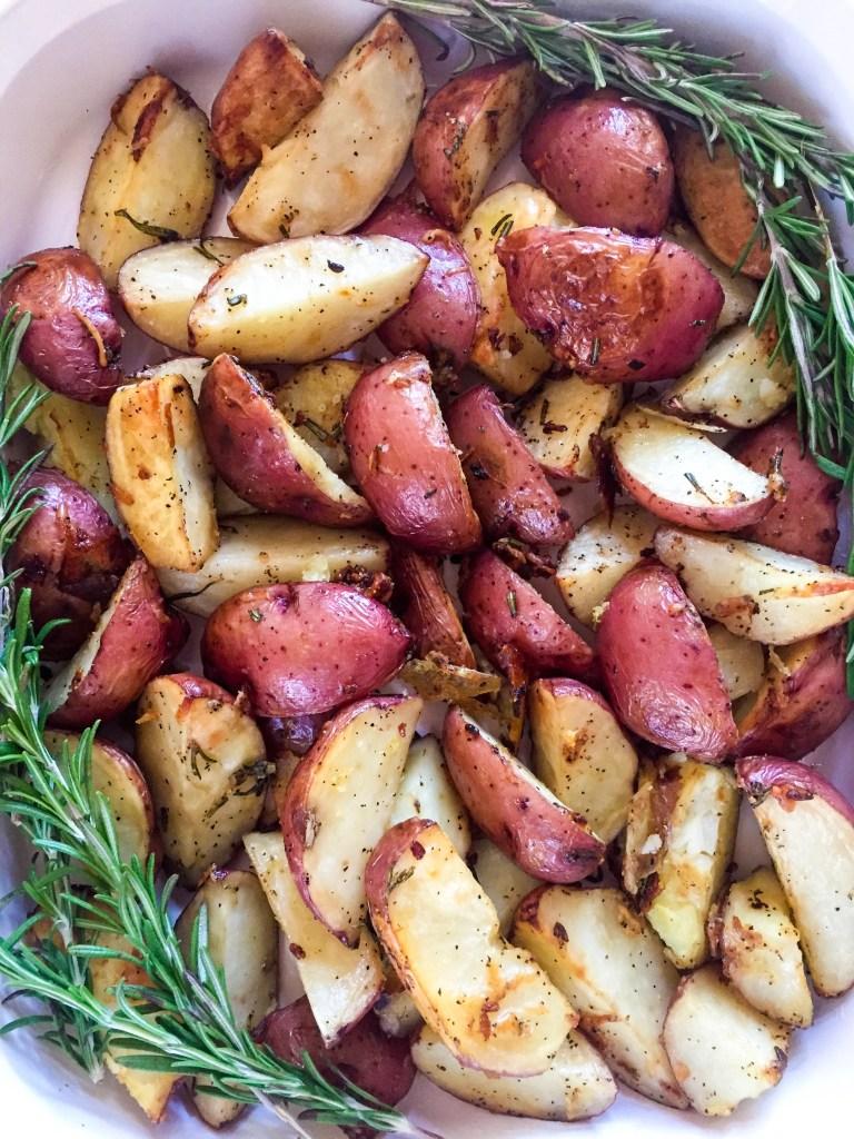 Parmesan Rosemary Roasted Potatoes | Dash of Jazz