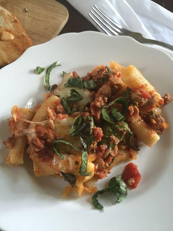 Easiest Ever Pasta Sauce | dashofjazz.com