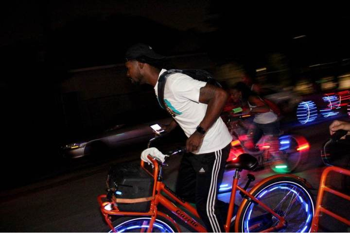 5 Reasons to Vibe & Ride in Houston, Texas by Dash of Jazz
