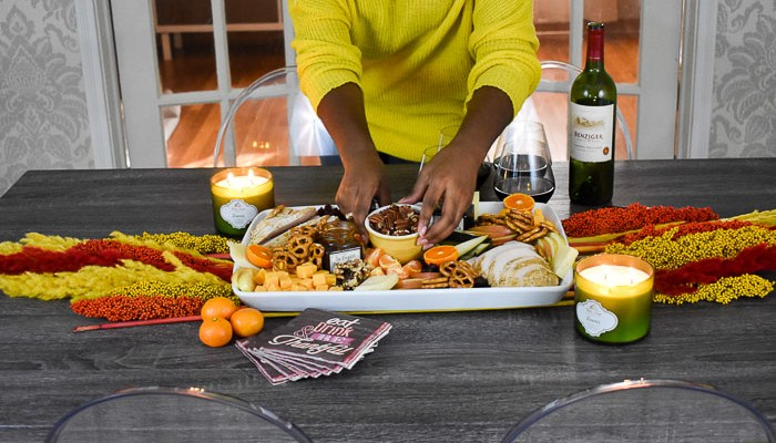 How to Make a Festive Thanksgiving Appetizer Board