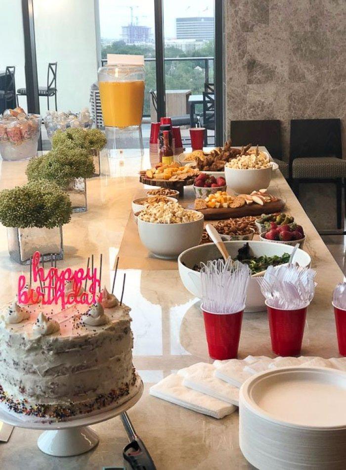 birthday party food spread.