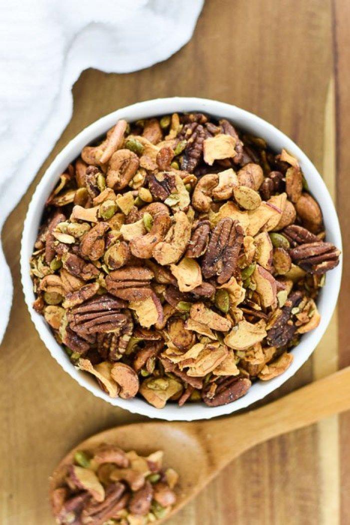 grain-free apple cinnamon granola