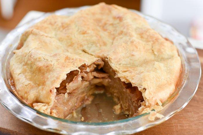 baked caramel apple pie