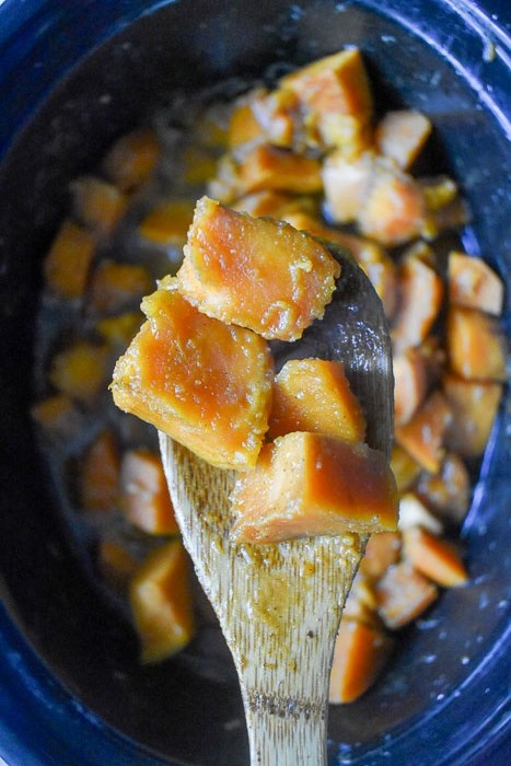 Candied sweet potatoes made easily in a slow cooker will free up precious stove top space on Thanksgiving Day. Easy recipe by Dash of Jazz #dashofjazzblog #candiedyams #slowcookerThanksgivingrecipes #thanksgivingerecipes