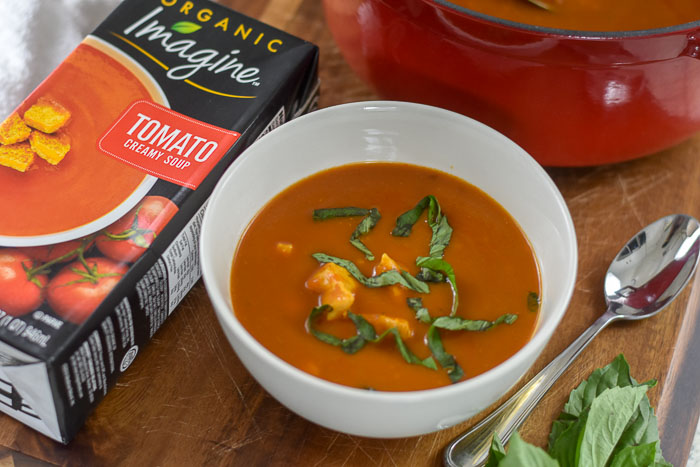20-Minute Tomato Basil Chicken Soup