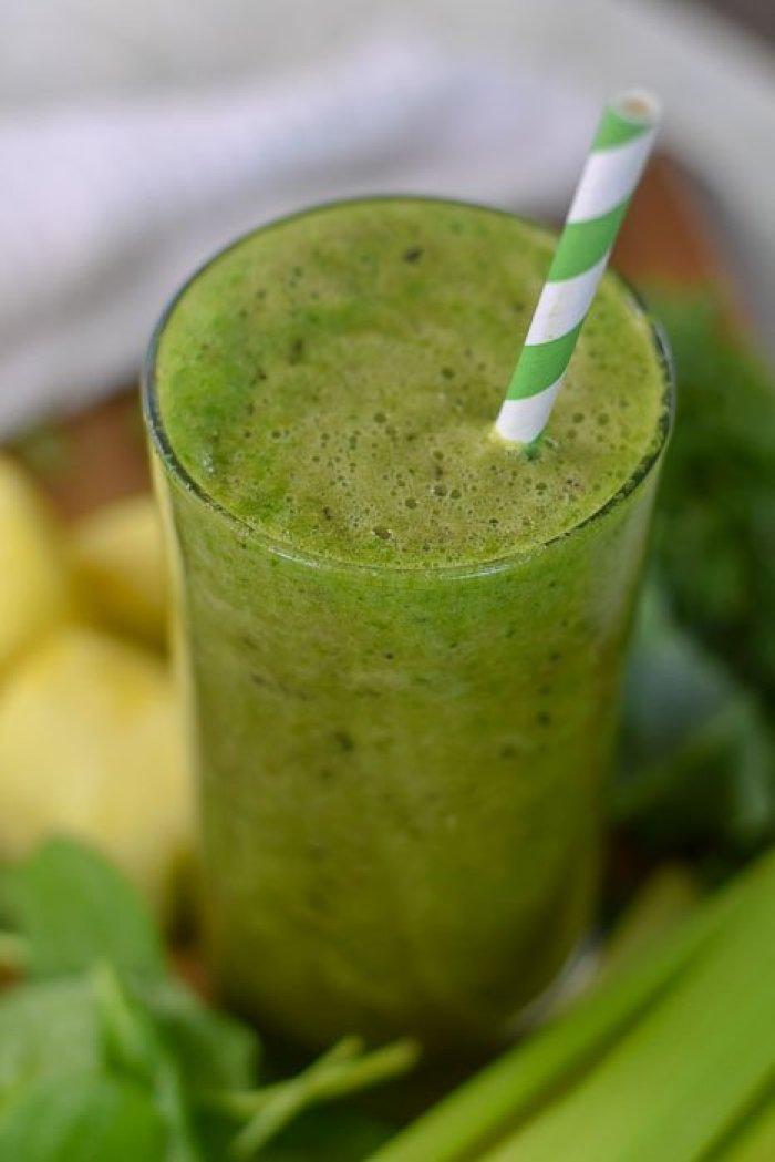 glowing skin green smoothie