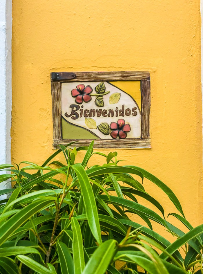 bienvenidos sign on street on Old San Juan, Puerto Rico