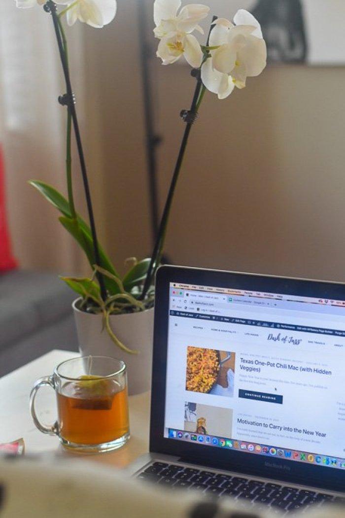 Dash of Jazz home office desk
