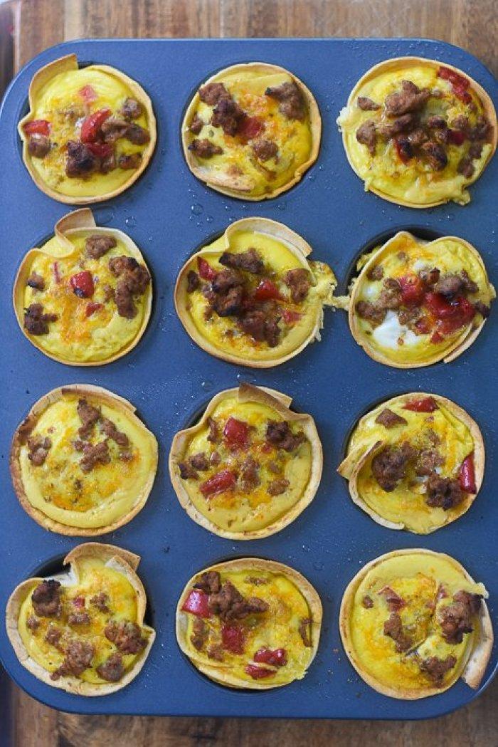 baked mini breakfast taco cups in cupcake pan
