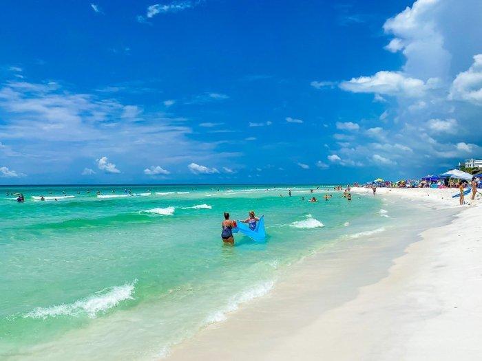 shoreline at Seagrove Beach in 30A Florida