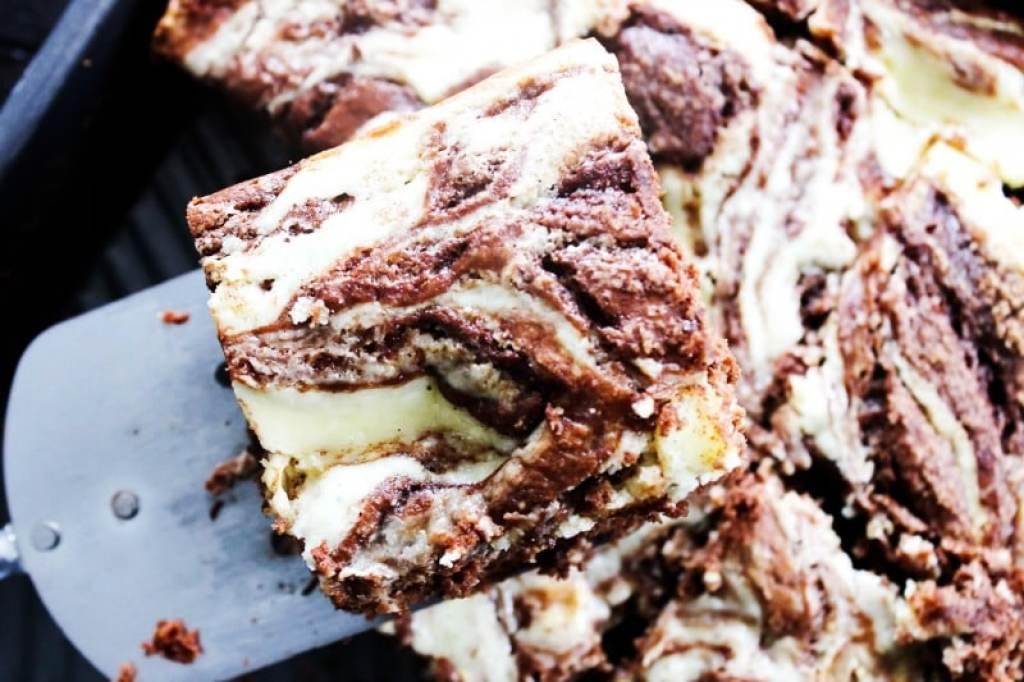 pumpkin-chocolate-cream-cheese-swirl-coffee-cake-piece
