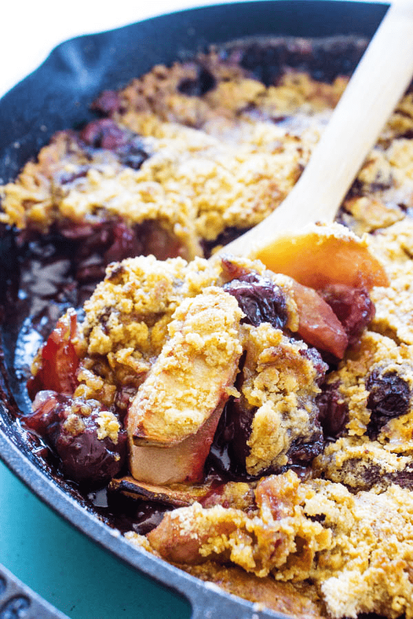 Fall head over heels in love with this APPLE CHERRY CRISP recipe, we sure have. Simple, easy and delicious, a holiday must have.