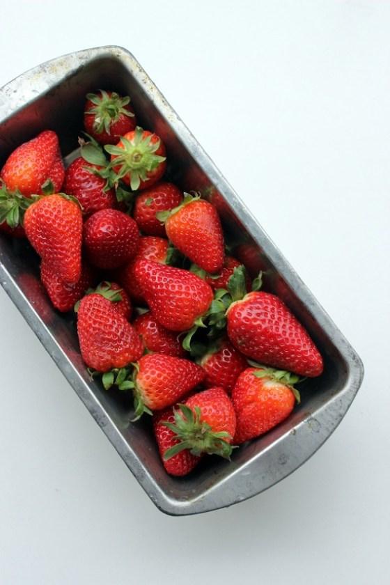 rhabarber erdbeer marmelade ganz ohne gelierzucker das leben ist s ss. Black Bedroom Furniture Sets. Home Design Ideas