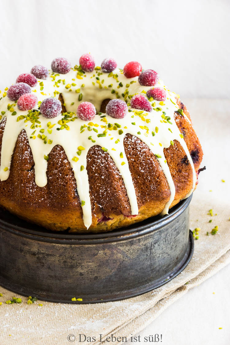 Cranberry-Buttermilk-Bundt-Cake (3 von 1)
