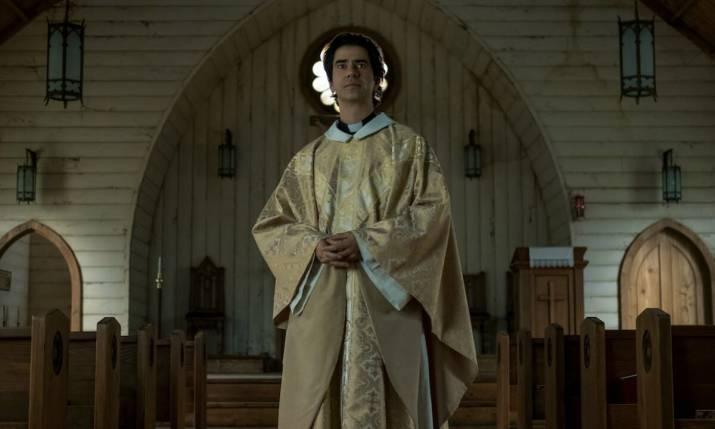 midnight mass 1