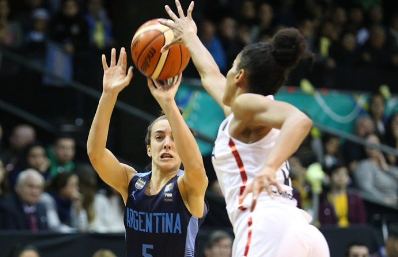 Macarena Durso teve bom rendimento atuando pelo Deportivo Berazategui / Foto: FIBA