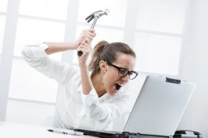 woman_with_hammer