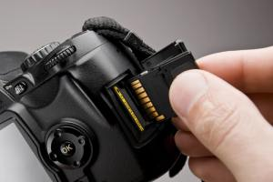 flash memory card in camera