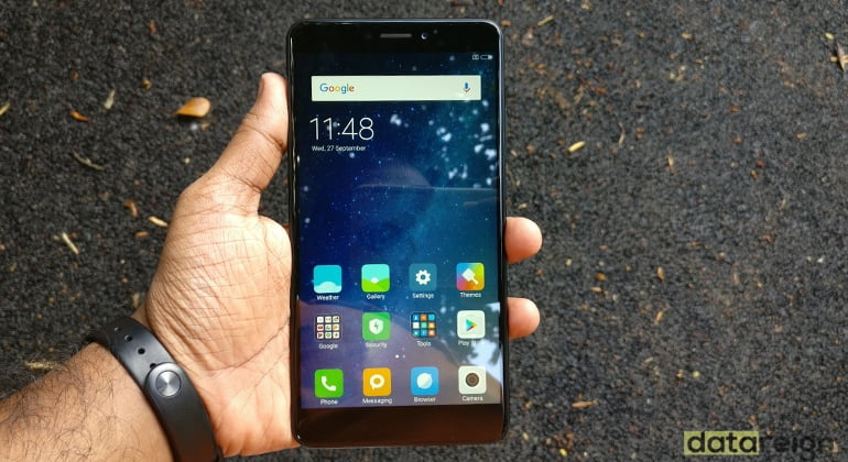 Xiaomi Mi Max 2 Review - UI and Apps