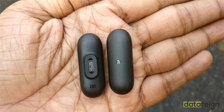 Xiaomi Mi Band HRX Edition and Mi Band 2 Comparison