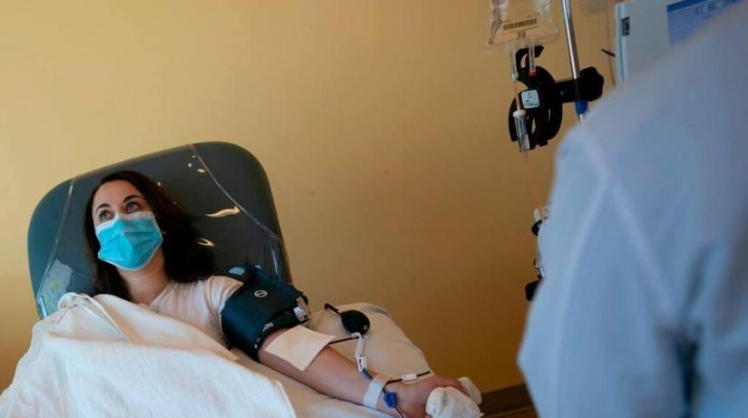 Plasma COVID Survivors Won't Help Patients With Symptoms Of Infection
