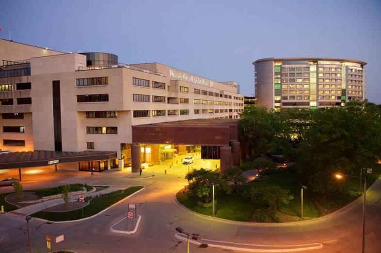 Iowa Hospitals To Restrict Operations In Response To COVID Outbreaks