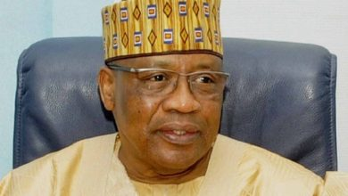 Photo of Bauchi governor leads PDP stalwarts to visit IBB